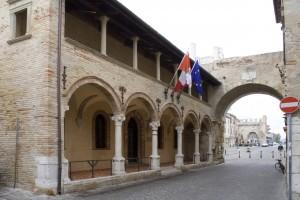 PalazzoFacciataGiorno